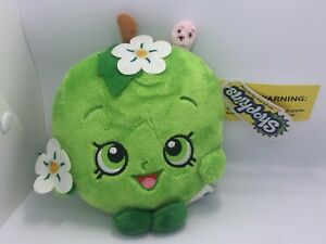 Shopkins-Collectibles-Plush-Toy-Apple-Blossom