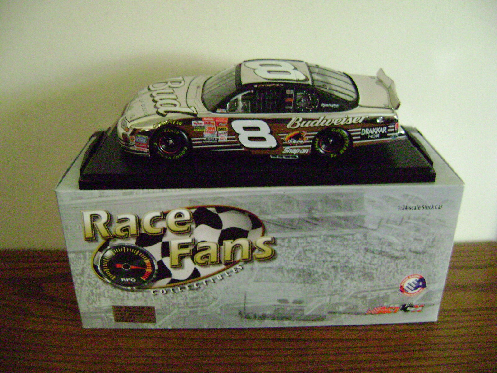 2002 DALE EARNHARDT JR BUDWEISER PLATINUM CAR 1 OF 624