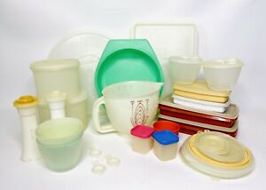 Vtg-Tupperware-HUGE-LOT-of-20-Pieces-Serving-Storage-Sets-Salt-amp-Pepper-w-lids