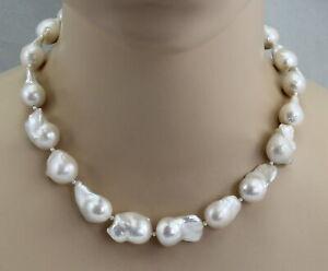 Suesswasser-Perlenkette-grosse-weisse-Mingperlen-auch-Fireballs-genannt-47-cm