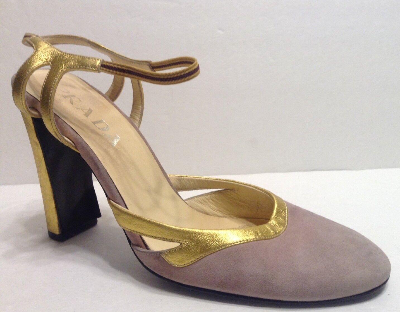 Prada Wouomo Heels Dimensione 37.5 (7.5) Lavender Suede oro Metallic Trim