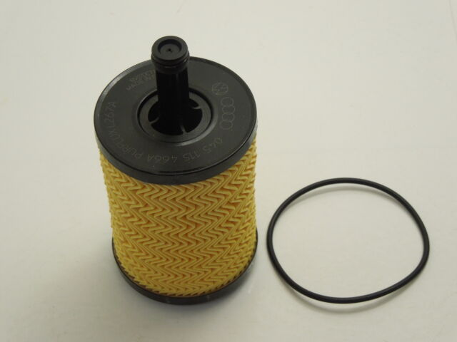Audi A3 8P A4 B7 B8 Engine Oil Filter and Rubber Gasket New Genuine 071115562C