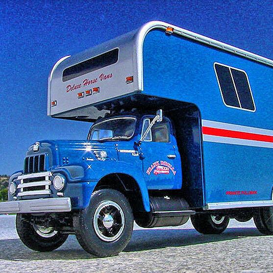 Rare - - - FRANK DiBELLA HORSEPALACE 1957 INTERNATIONAL R200 Moving Van - First Gear 77d153