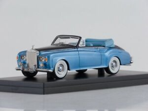 Scale-model-car-1-43-Rolls-Royce-Silver-Cloud-III-DHC-metallic-light-blue-metal