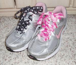 gradualmente Objetor dividendo  NIKE Dart 7 Support Zone Impact Groove Running Sneaker  Shoe~Silver/Pink~Size 7.5 | eBay