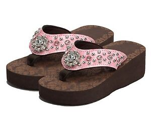 96af280fc60a1d NWT Kid Girls Montana West Light Pink Flip Flop Rhinestone Sandal ...