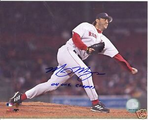 MIKE MYERS 04 W.S. CHAMPS BOSTON RED SOX SIGNED 8X10