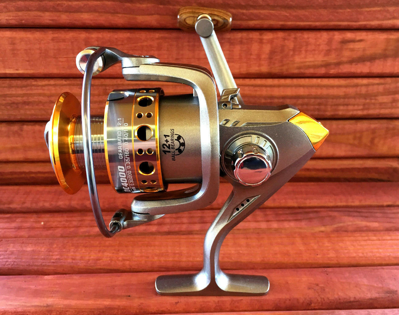 DC4000 Series Fishing Reel, Spinning Reel, 12+1 BB Ball Bearing