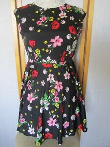273a3303e324 Image is loading Joe-Boxer-Black-Floral-Skater-Dress-Size-Small