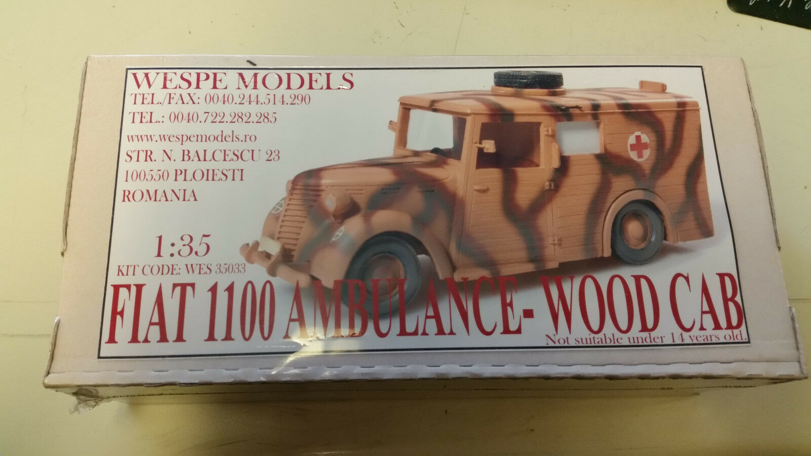 el mas reciente Flat 1100 1100 1100 Ambulance Wood CAB avispa resin models 1 35 Wes 35033  oferta especial