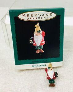 1993-Lighting-a-Path-Gnome-Mini-Hallmark-Christmas-Tree-Ornament-MIB-Price-Tag