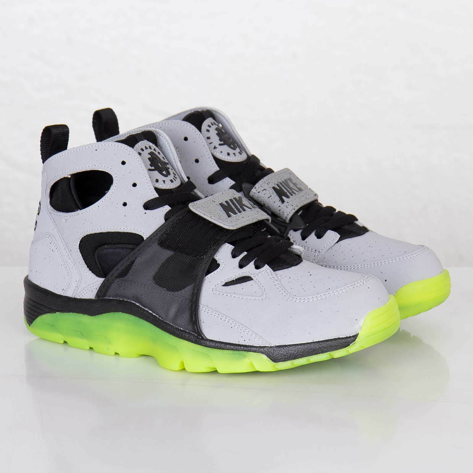 Nike MEN'S Air Trainer Huarache QS CEMENT NYC NEW YORK CITY SIZE 10.5 DEADSTOCK