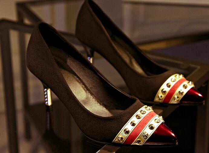 Zapatos de salón mujer en negro e rojo talón 6.5 cm 8500