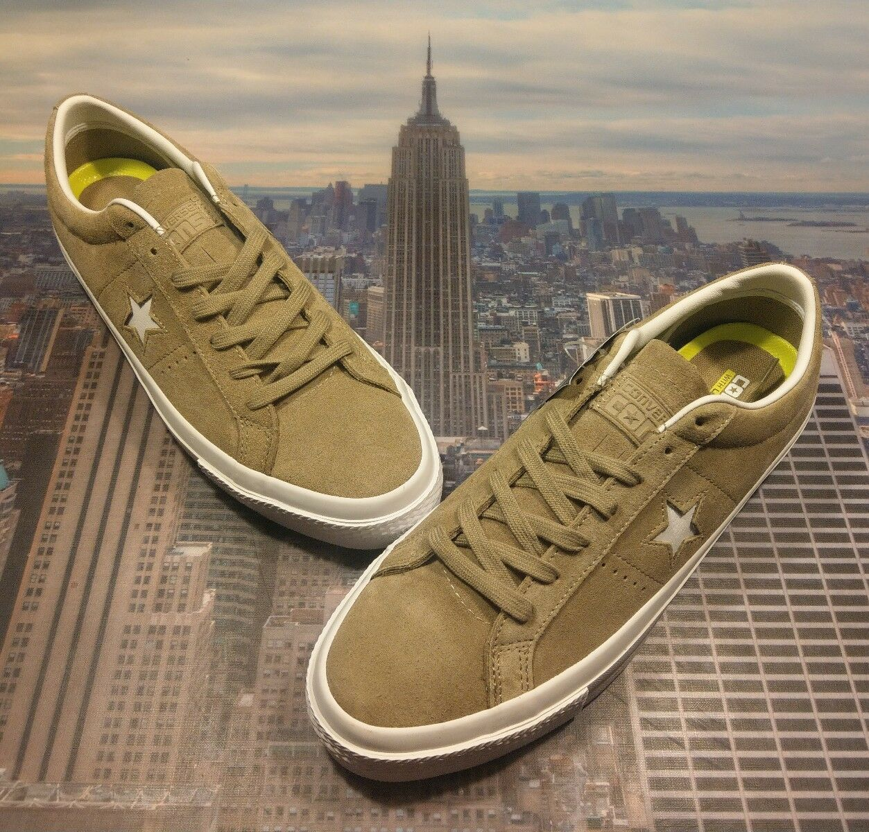 Converse Chuck One Star Suede Ox Low Top Sandy/White Mens Size 11.5 153965c New