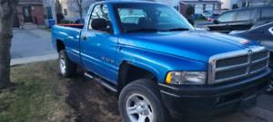 1999 Dodge Ram 1500 Q Door