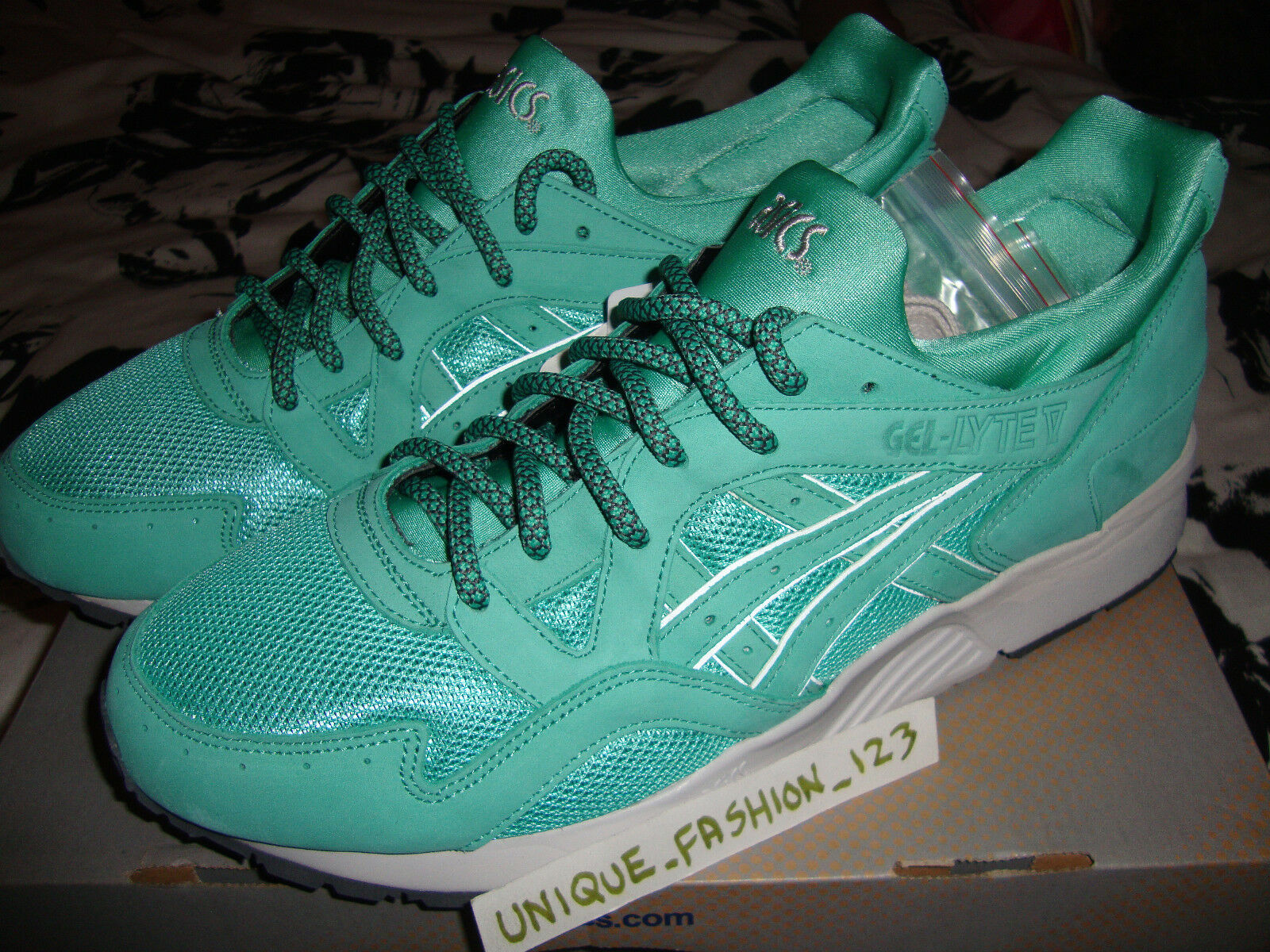 ASICS GEL LYTE V 5 RONNIE FIEG KITH MINT LEAF US 10 ROSE SAGE COVE GOLD Comfortable and good-looking