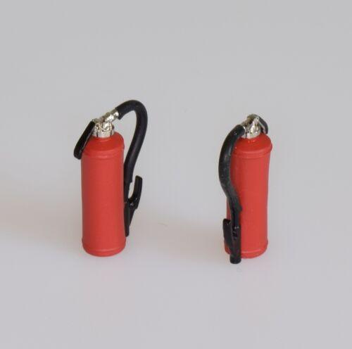 Dingler 2 Stück Feuerlöscher lackiert mit Gummischlauch 1:32 Spur 1 1Z-144//01