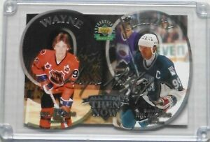 1998-99-Gretzky-Now-And-Then-Auto-UDA-Oversize-Card-d-52-99-Boxed