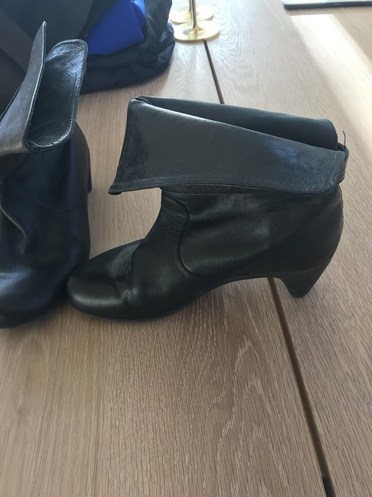 Camper Ankle Boots Black Leather Size 38 Euc Round Toe
