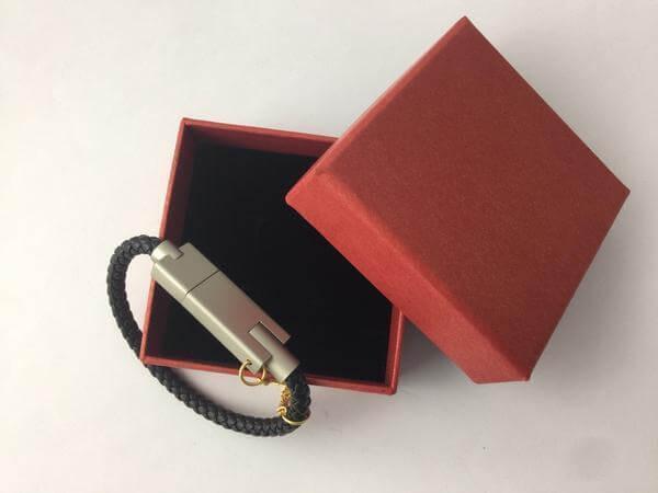 Avon Usb Phone Charger Bracelet Black Fits My Iphone For Sale Online Ebay