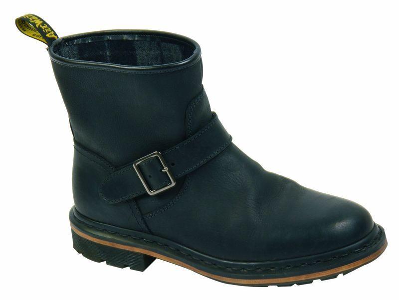 Dr Martens Doc Slip On Boots Meg Black 14797001 The Original