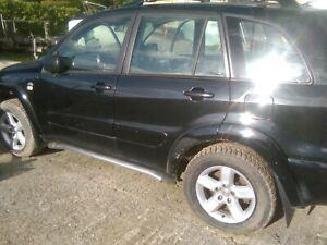 2003-TOYOTA-RAV4-DRIVERS-SIDE-RIGHT-HAND-REAR-TAILLIGHT
