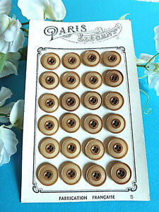 003C-Superb-Plate-24-Antique-Buttons-034-Paris-Elegant-034-Brown-Ep-Art-Deco