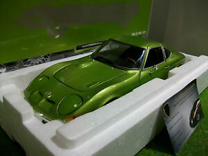 Opel Gt 1900 Vert De 1972 Au 1/18 Minichamps 180049029 Voiture Miniature