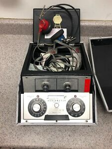 Beltone-Model-9D-Audiometer-Hearing-Tester-with-Headphones