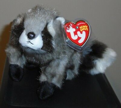 Ty Beanie Baby ~ SNOOPS the Raccoon MWMT 6.5 Inch