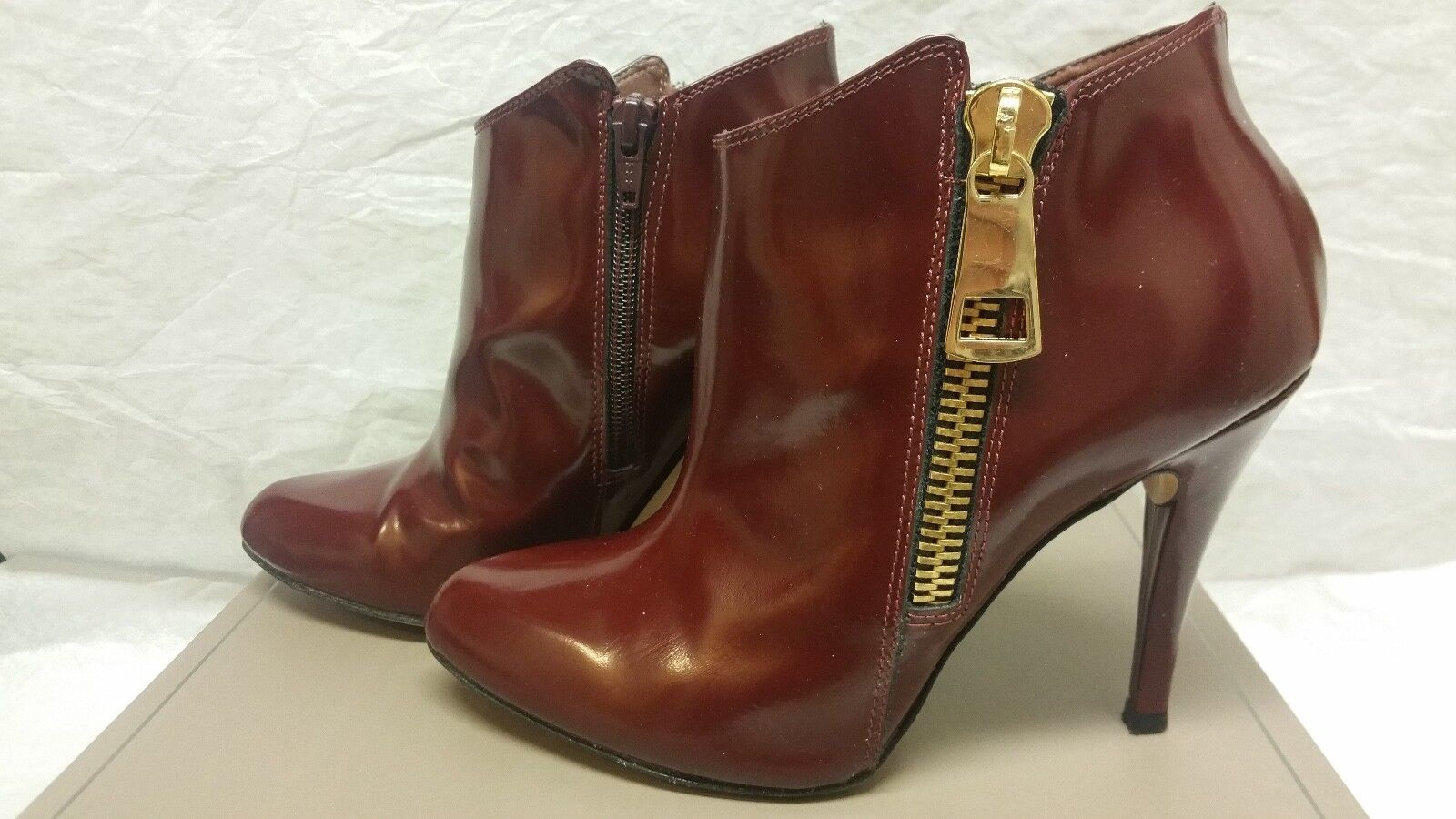 BCBG Alessio High-Heel Leather Ankle Booties Burgundy Sz 8.5 or 38.5 SRP