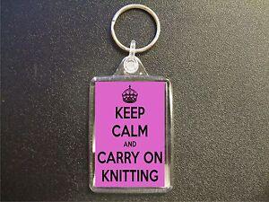 KEEP-CALM-AND-CARRY-ON-KNITTING-KEYRING-GIFT-BAG-TAG-BIRTHDAY-GIFT