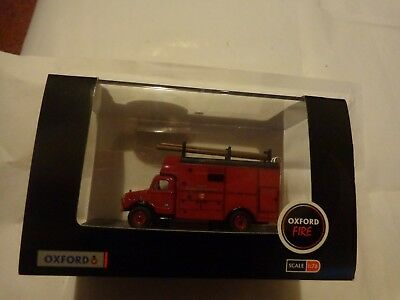 76BD002 Oxford Diecast 1:76 Scale Essex Fire Brigade Bedford OW Luton