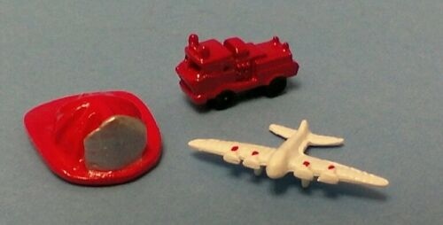 Dollhouse Mini 1:12 scale metal toys airplane fire truck /& fire helmet