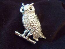 BEAUTIFUL Silvertone Clear/BLACK Rhinestone Crystal Encrusted OWL Brooch 13BR05