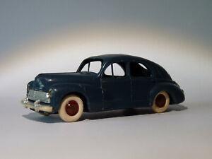 Vintage-originale-Peugeot-203-berline-au-1-43-de-Norev