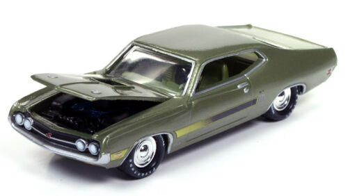1/64 JOHNNY LIGHTNING MUSCLE SERIES 3 1970 Ford Torino in Ivy Green with Side La