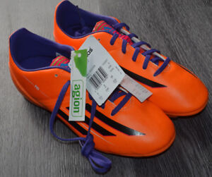 9e6e563ad ADIDAS F10 TRX FIRM GROUND BOY S FOOTBALL BOOTS  NEW WITH TAGS BOX ...