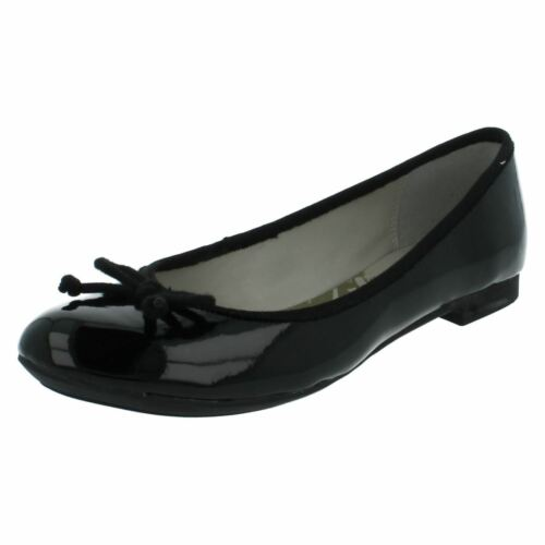 Clarks Carousel Ride Ladies Black Patent Casual Cushion Cell Ballerina Shoes