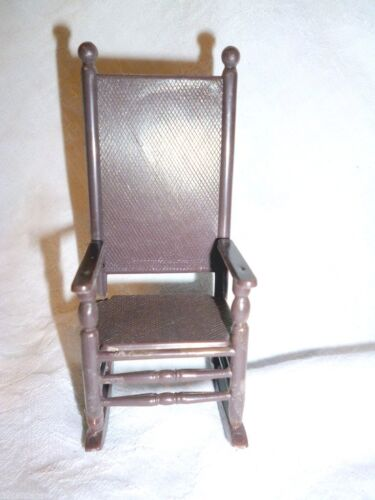 1 VTG DOLLHOUSE BROWN PLASTIC ROCKING CHAIR ROCKER 112 HONG KONG