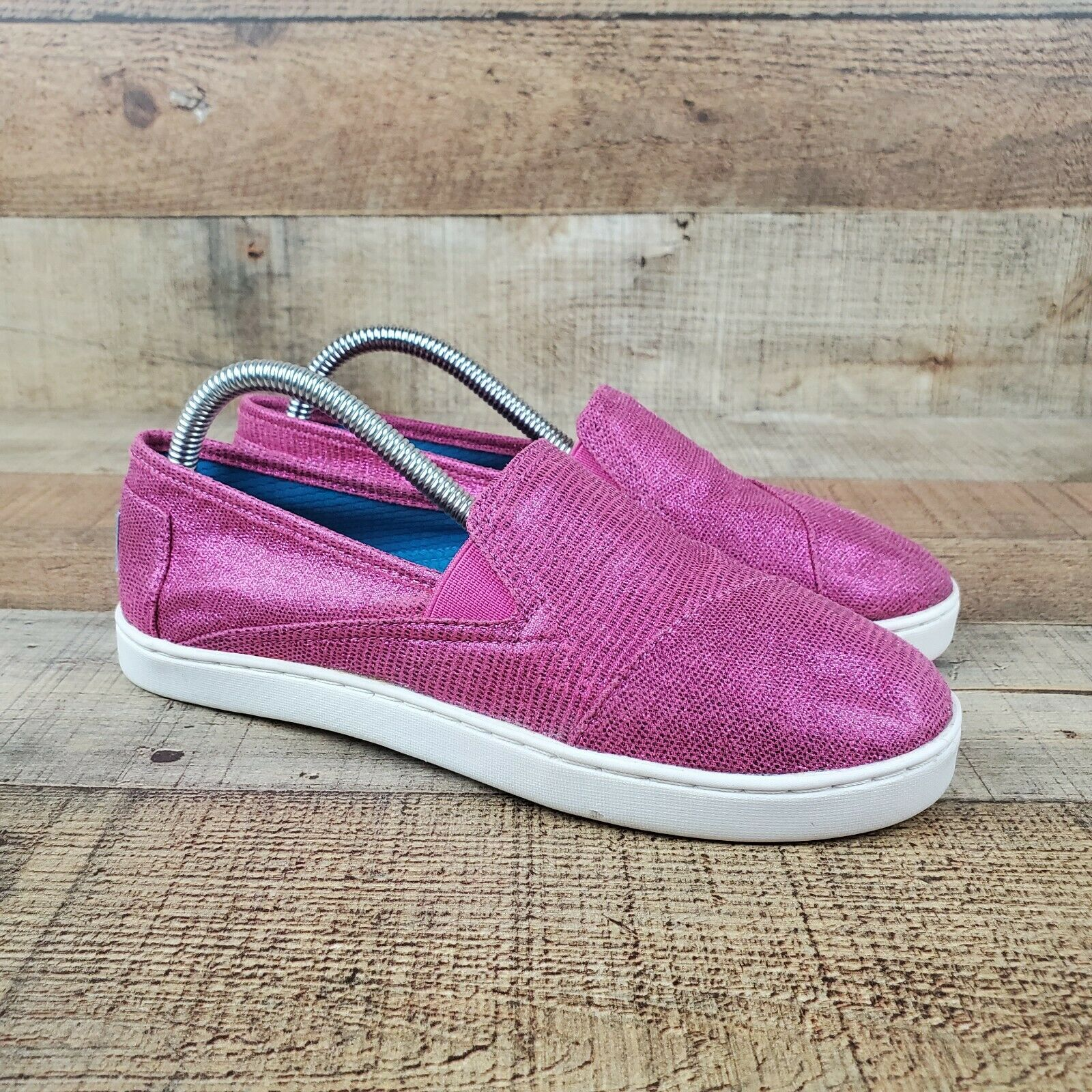 Toms Pink Women Sz 6 Slip On Comfort Shoes Shiny Classic Sneakers Casual Shoes