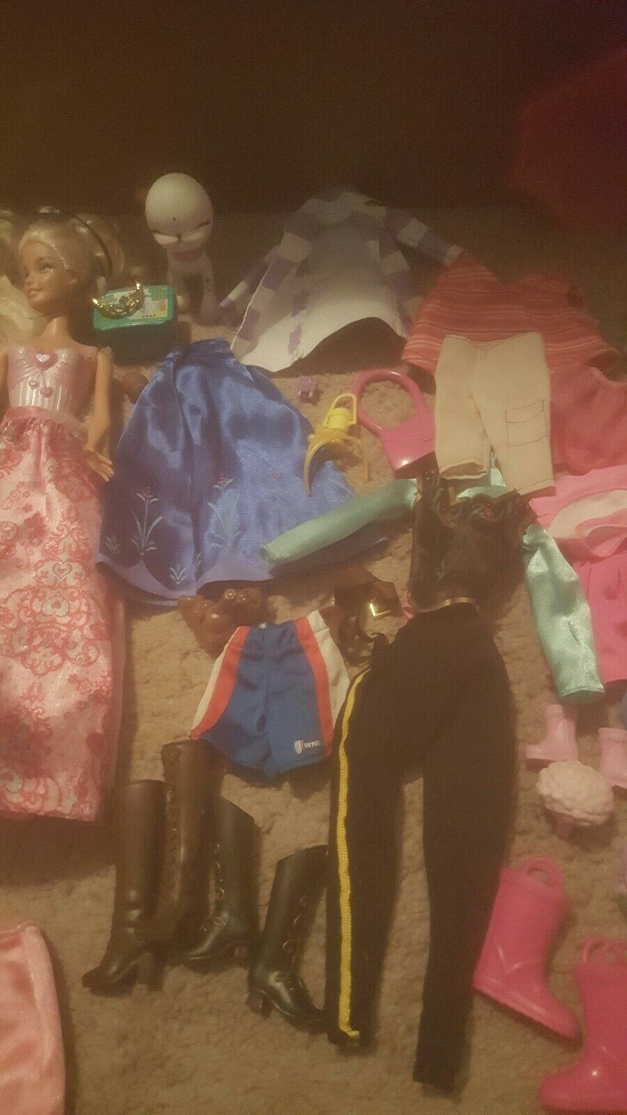 Barbie and dolls, clothes, and Barbie carrying case f76950