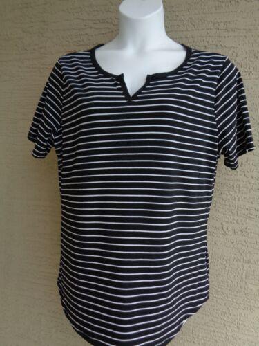 NEW Just  My Size 3X  S//S Notch Neck Striped Tee Top   Black /& White Stripe