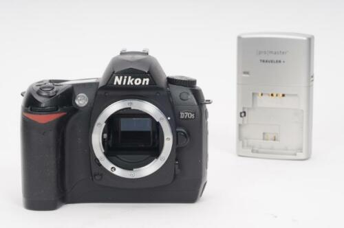 1 of 1 - Nikon D70s 6.1MP Digital SLR Camera Body (w/Battery & Charger)               #JC