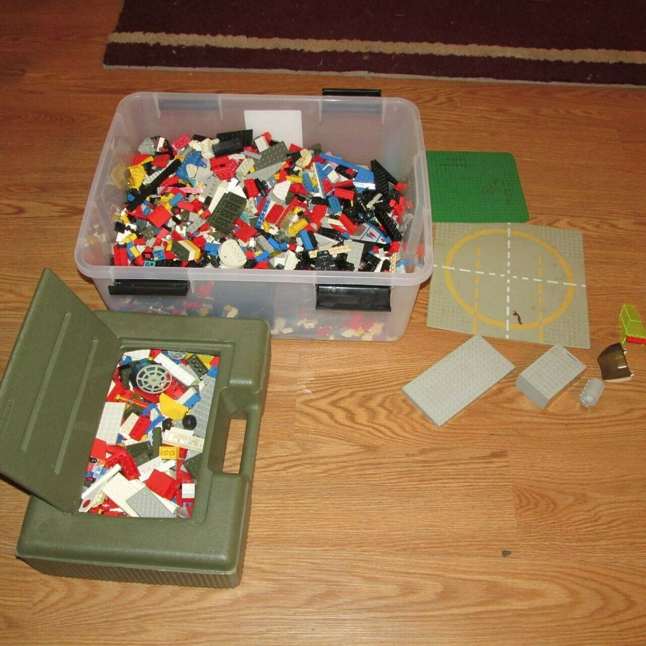 10 lbs of Lego pieces, mostly from european sets of the 1970's w one storage box
