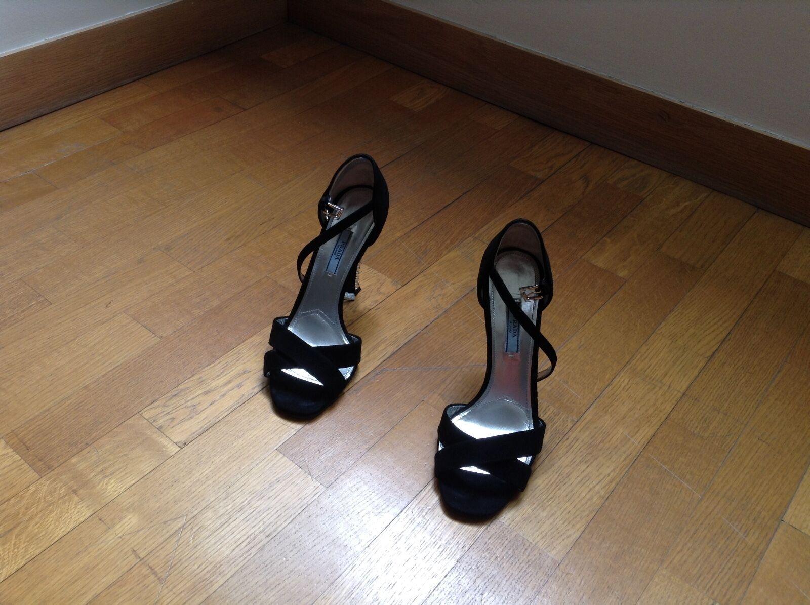 754ed887dc1 Piece Couture Comme neuve Sublimes Sublimes Sublimes chaussures sandales  noires marque Prada 97f1e4