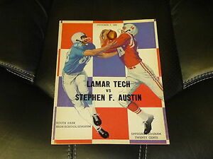 1961 STEPHEN F. AUSTIN AT LAMAR TECH (TX) COLLEGE FOOTBALL PROGRAM EX-MINT