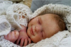Studio-Doll-Baby-Reborn-Boy-AGNES-by-JULIA-HOMA-limited-edition-so-real