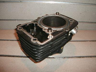 Suzuki VZ800 marauder,cylinder,front cylinder
