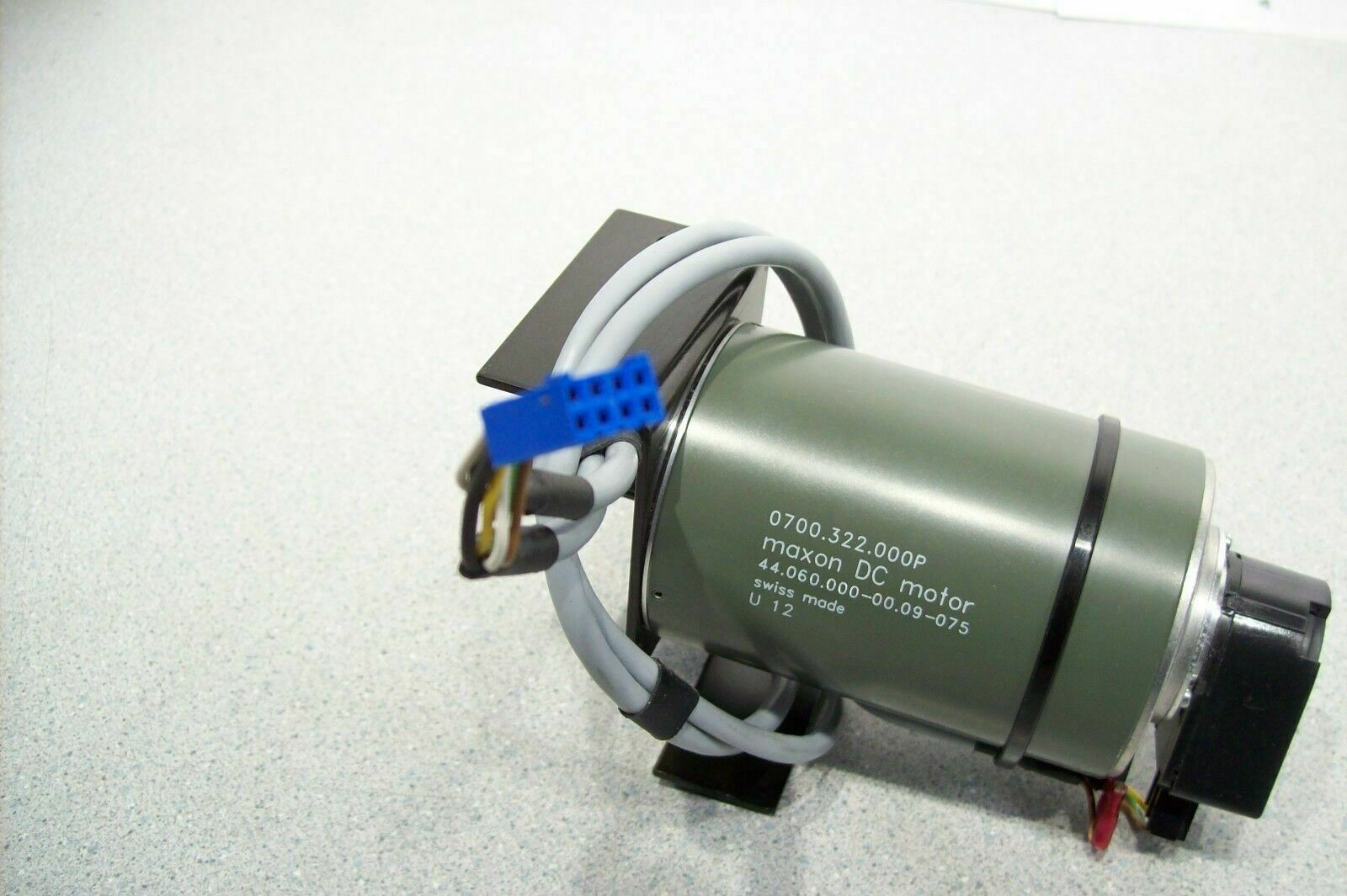 Maxon DC Motor 44.060.000-00.09-075 with HP HEDM-5500 B11 Optical Encoder